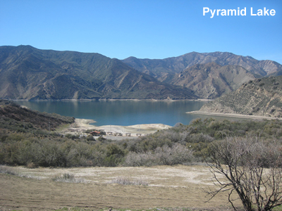 Pyramid_Lake_California.jpg